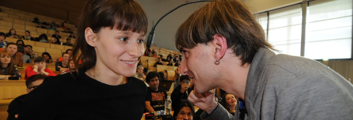 Neil Harbisson at his lecture (photo by T.T. Patnaik)